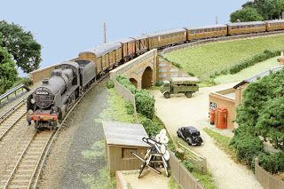 Rowland S Castle Model Railway 00 Gauge Modllr Blog Model Trains Model Railway Model Train Scenery