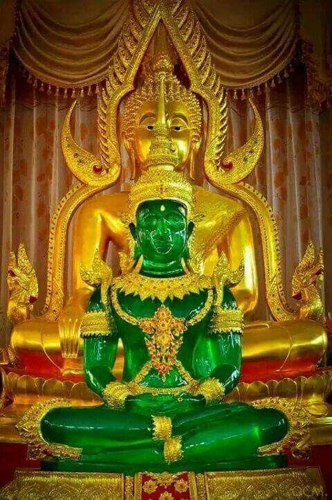 Smaragd Buddha Statue