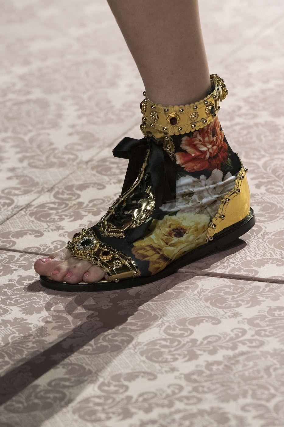 Dolce & Gabbana at Milan Fashion Week Spring 2019   Fashion