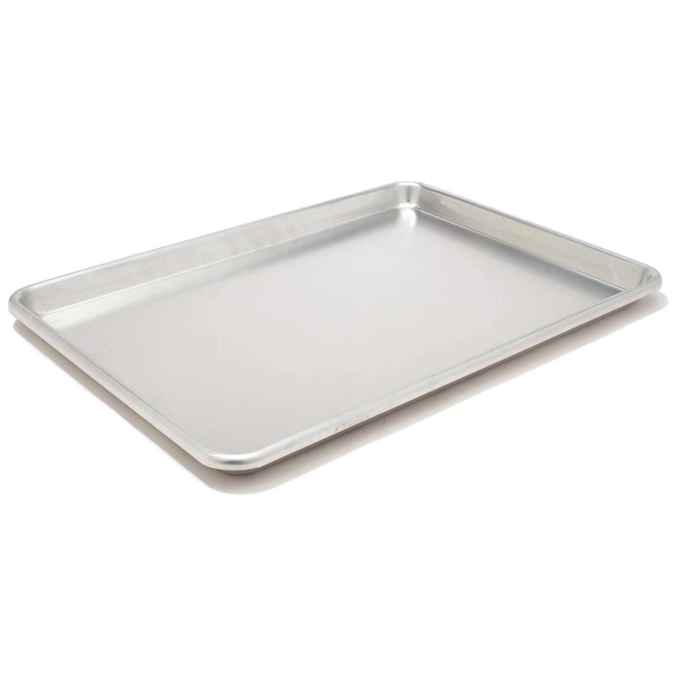 The Flimsy Jellyroll Pans Sold In Most Stores Are Useless But A Heavy Duty Rimmed Baking Sheet Is An Unh Americas Test Kitchen Cooks Illustrated Baking Sheets