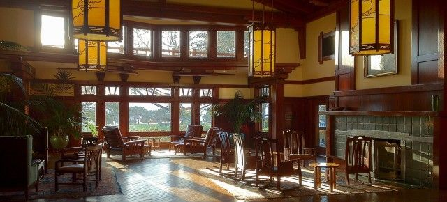 The Lodge at Torrey Pines: An Architectural Homage to Greene & Greene