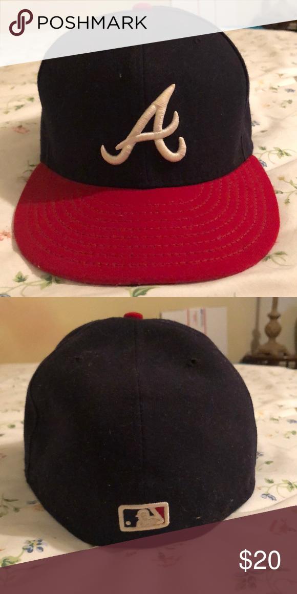 765d5b1e8ab568 Men's Atlanta Braves Hat Fitted Atlanta Braves Hat New Era Accessories Hats