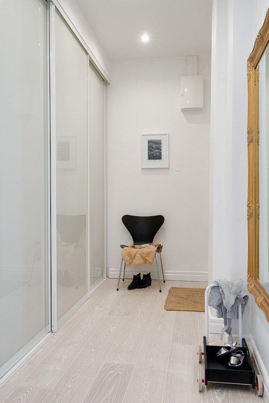 walk in closet pisos amplios en gris estilo nórdico escandinavo