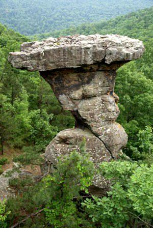 Pedestal rocks trail ozark national forest arkansas for Ozark national forest cabins