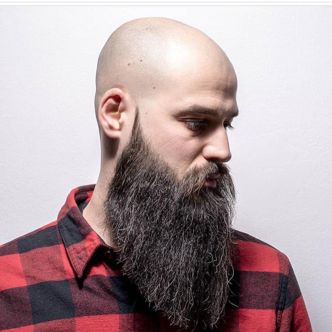 ким фото лысого мужика с бородой традиция всем вместе