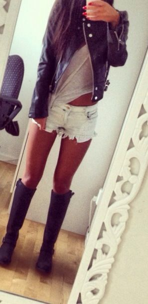 Leather jacket with light denim shorts and a gray Tshirt with sandals