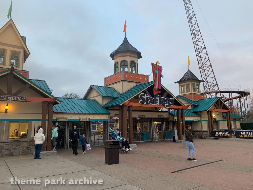 Six Flags Darien Lake Reopening Day Darien Lake Nightlife Travel Lake Photos