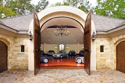 Dream garage the finer things pinterest garajes for Garajes originales