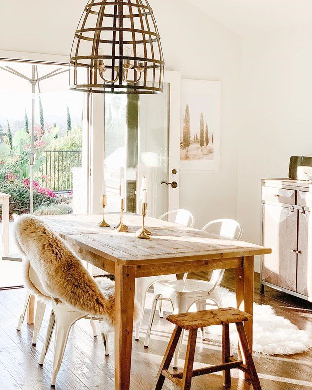Ahead, we've rounded up the best centerpiece ideas to add to your space. And bonus: We bet you'll already have a few of them on hand! #hunkerhome #diningroom #diningroomtable #chicdiningroom #diningroomtable