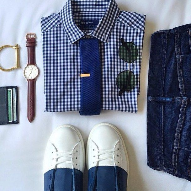 Grid by: @themetroman  _____________________________________  #SHARPGRIDS to be featured.  COMMENT and tag a stylish friend.  TheNorthernGent.com for daily fashion updates.  FOLLOW for new outfits each day, and @thenortherngent for more general hints and tips. ______________________________________