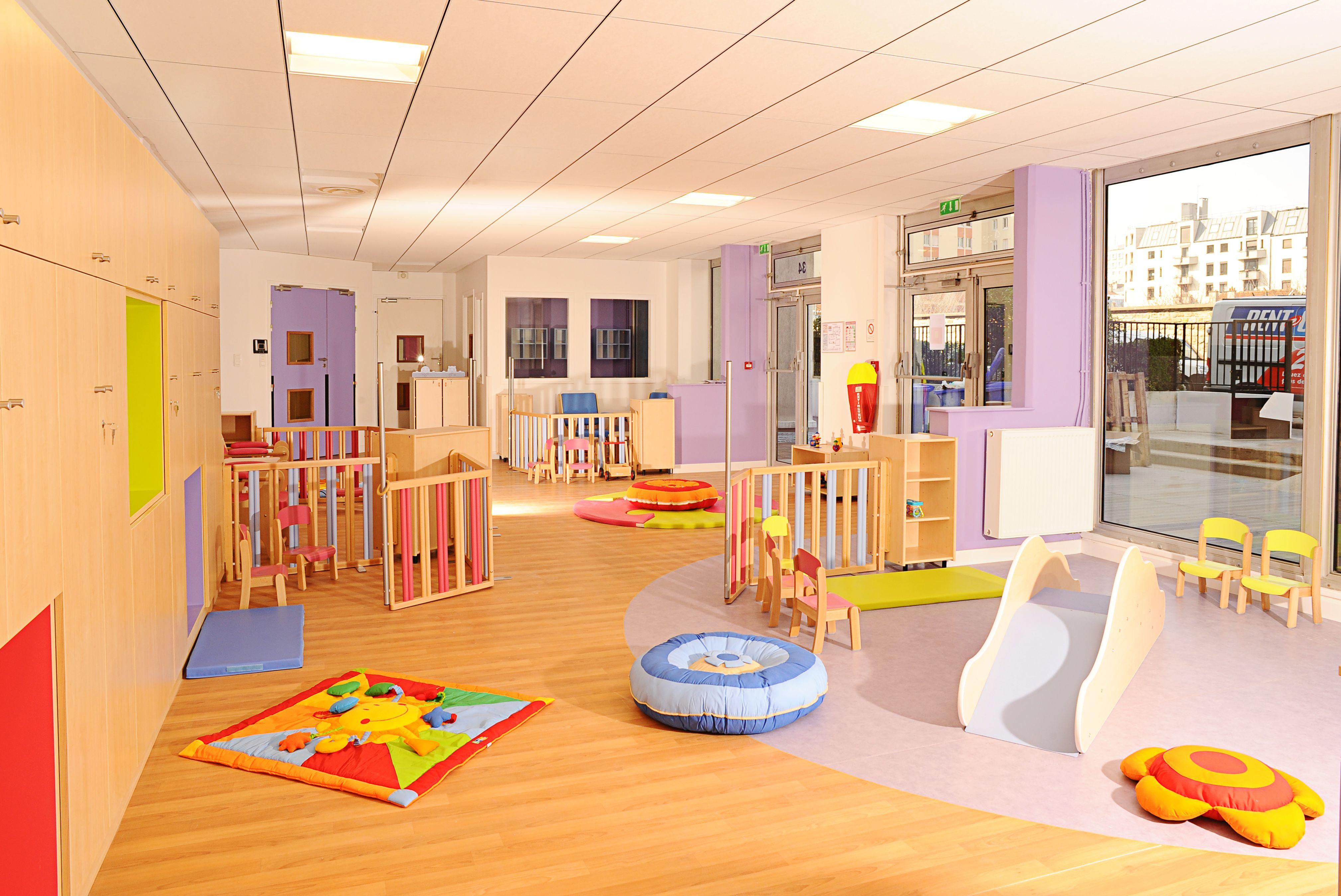 cr che 120 berceaux vincennes f 94300 salle d 39 activit s section des petits play ideas. Black Bedroom Furniture Sets. Home Design Ideas