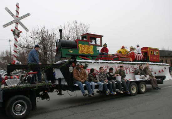 Monett Times: Monett Christmas parade