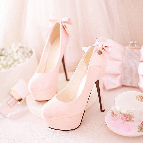 Lovely sissy heels. http://amarriedsissy.blogspot.com