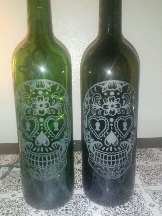 Etched Glass-Day Of The Dead/Día de Muertos/ Sugar Skull Wine Bottle Lamp Heart and Lock - Most Popular - Rockabilly
