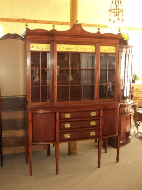 Hepplewhite (Federal Style) Mahogany China Buffet Cabinet, Circa 1930u0027s 40u0027s