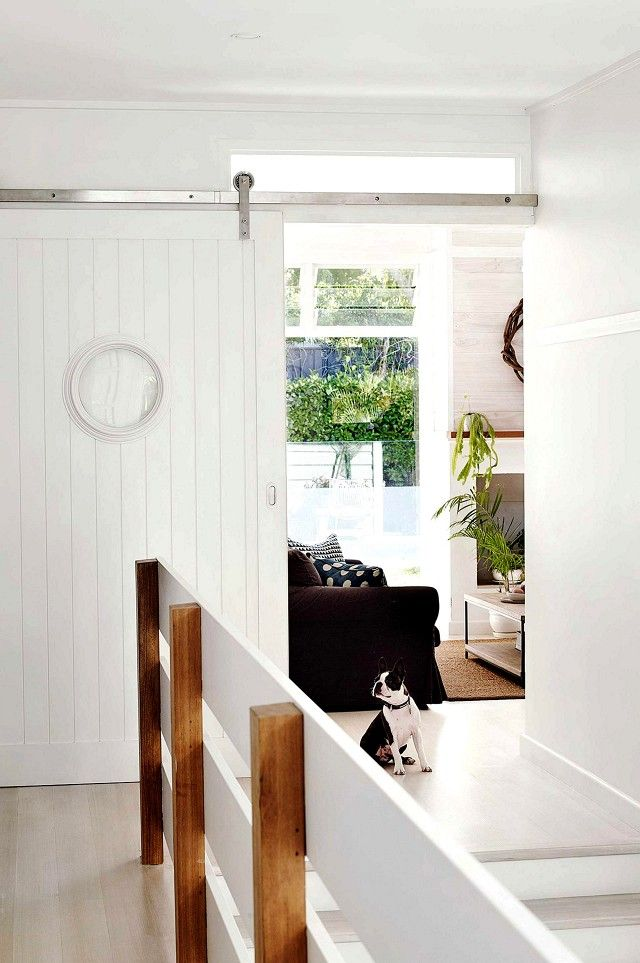 Tour a Casual Seaside Family Home in Sydney   Light\