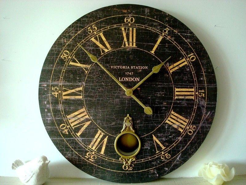 grande pendule horloge avec balancier laiton décoration charme