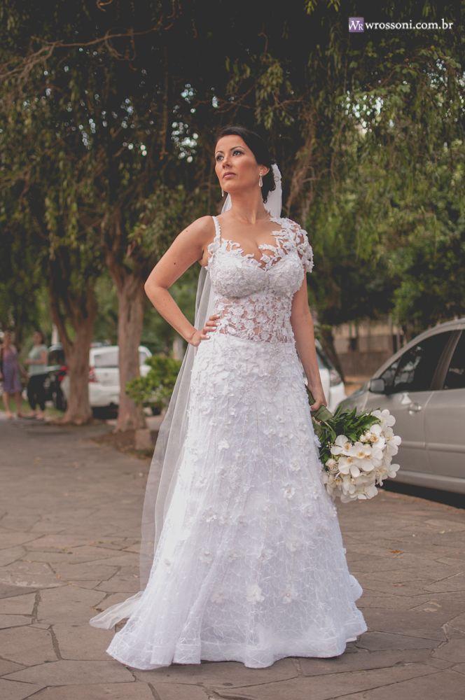 noiva: Patrícia Cotrim Vestido: Sylvana Meneghini Alta Costura Casamento produzido por Denise Bittencourt Porto Alegre-RS/Brasil Fotos: William Rossoni