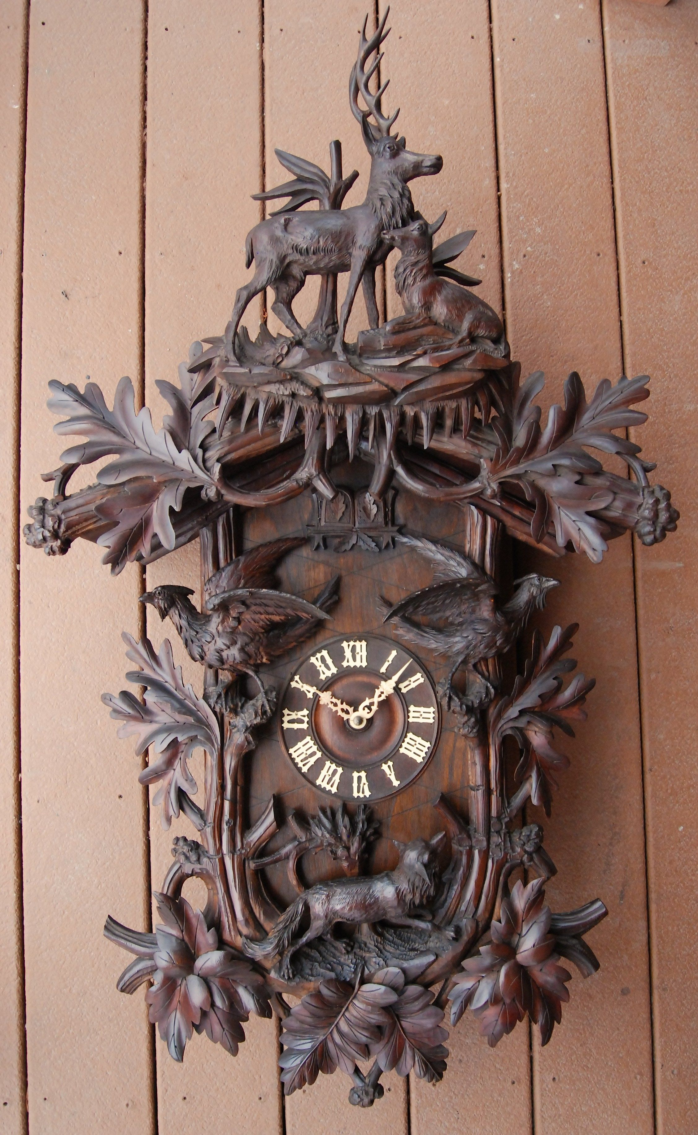 Cool Cuckoo Clocks Carved Antique Clock Antiques In 2019