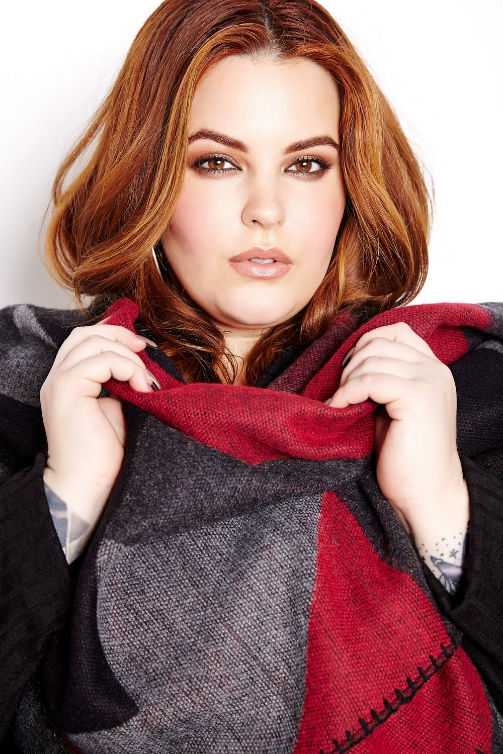 The Curvy Fashionista | The Addition Elle Fall Look Book featuring Tess Holliday