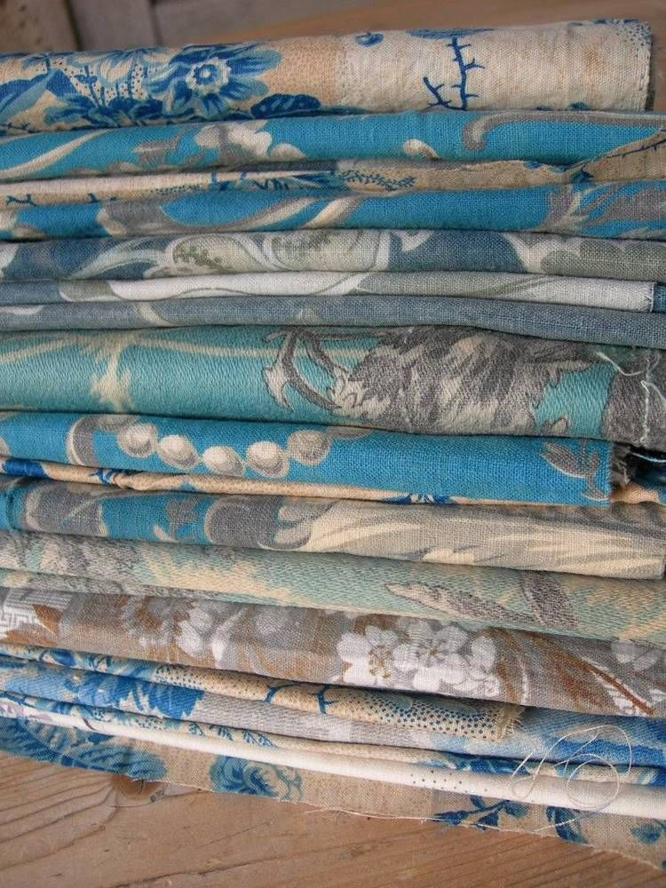 20 antique French 18th 19thC Indiennes chintz Toile de Jouy small fabric patches