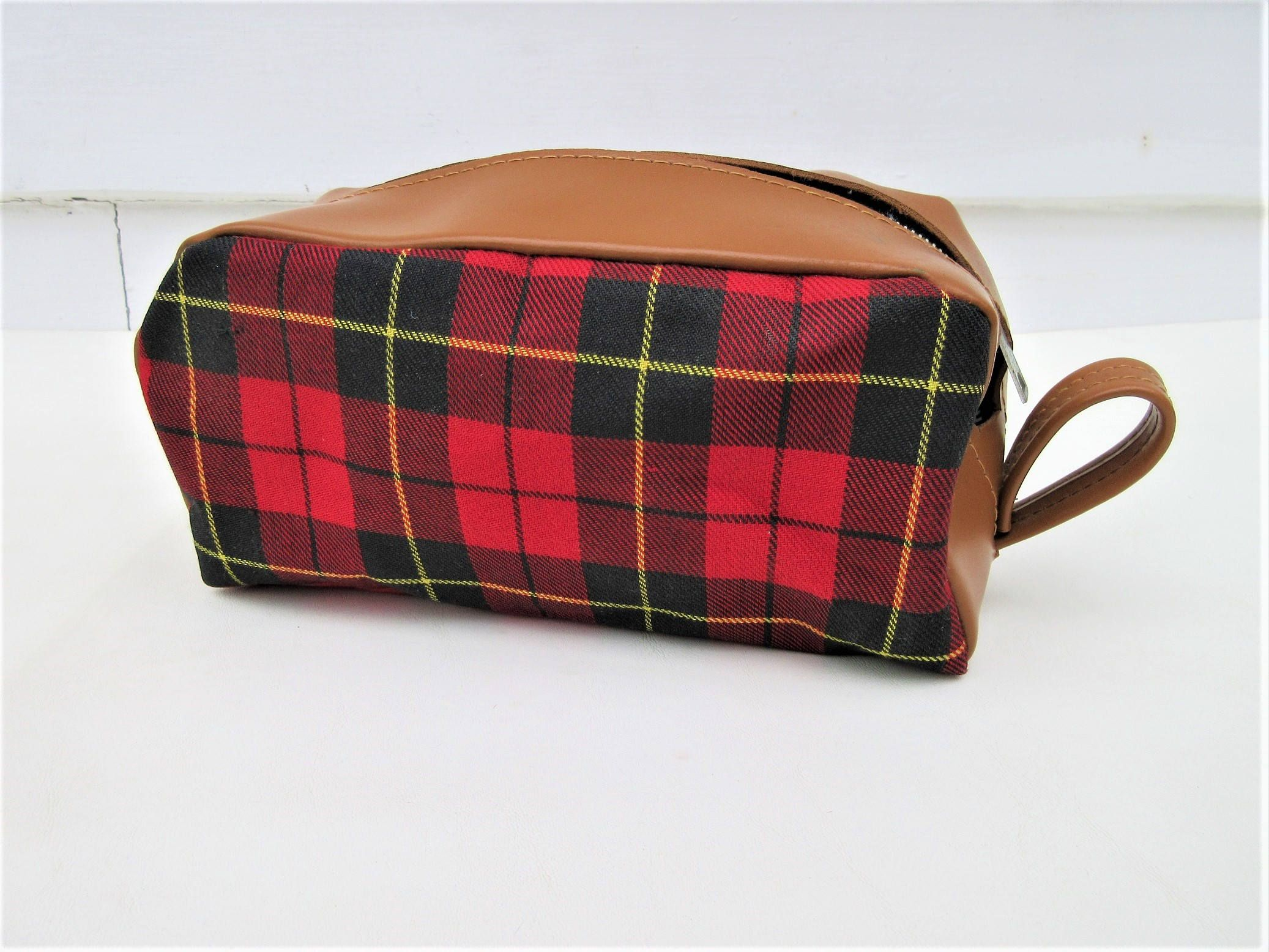 Vintage Plaid Bag Tartan Shaving Kit Dopp Kit Small