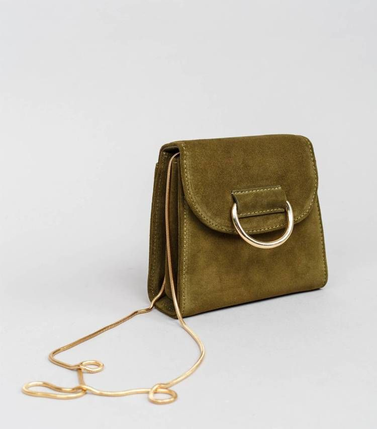 The 4 Purse Styles French Girls Love | Who What Wear