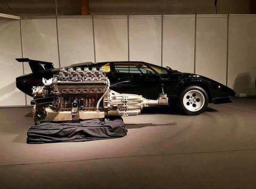 The Engine And The Gearbox In A Countach Roughly Being Placed Where It Would Be In The Car Carporn Lamborghini Countach Lamborghini Cars Lamborghini