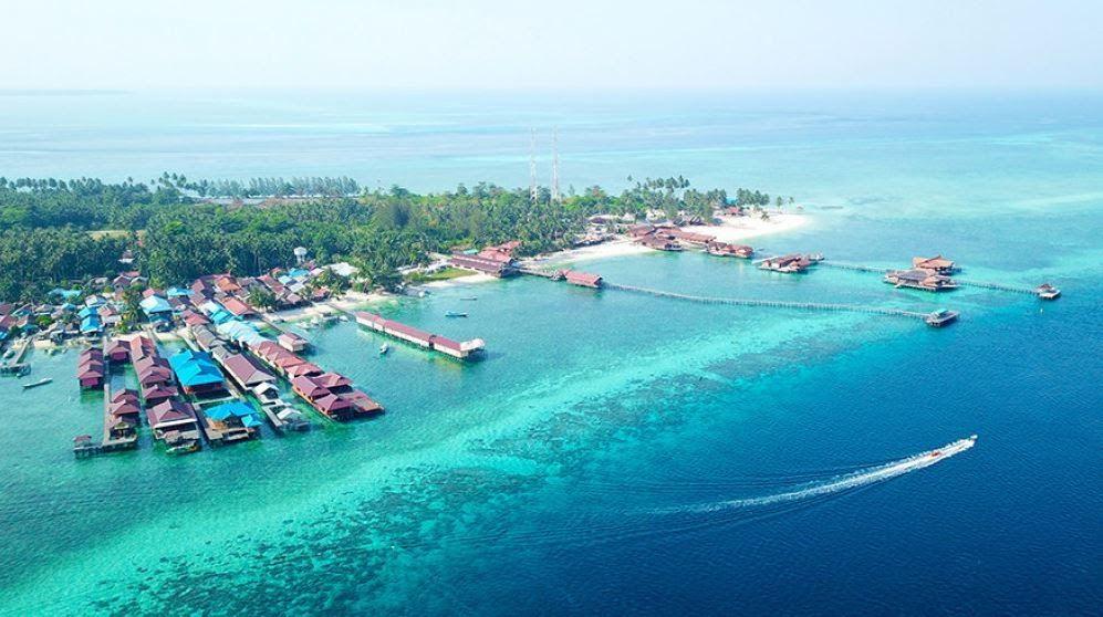 Terbaru 30 Gambar Pemandangan Pantai Terindah Di Indonesia 100 Gambar Pemandangan Indonesia Laut Gunung Sungai Air Down Di 2020 Pemandangan Fotografi Pantai Pantai