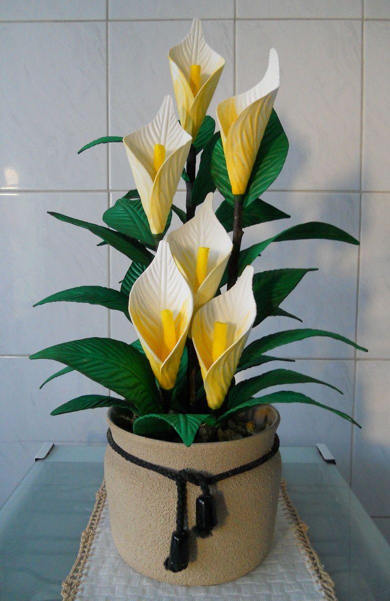 Arranjo De Flores Copo De Leite Em Vaso Ceramico Pode Ser
