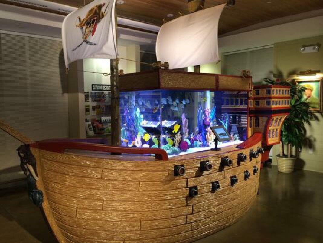 The pirate ship aquarium by atm aquariums and terrariums for Atm fish tank