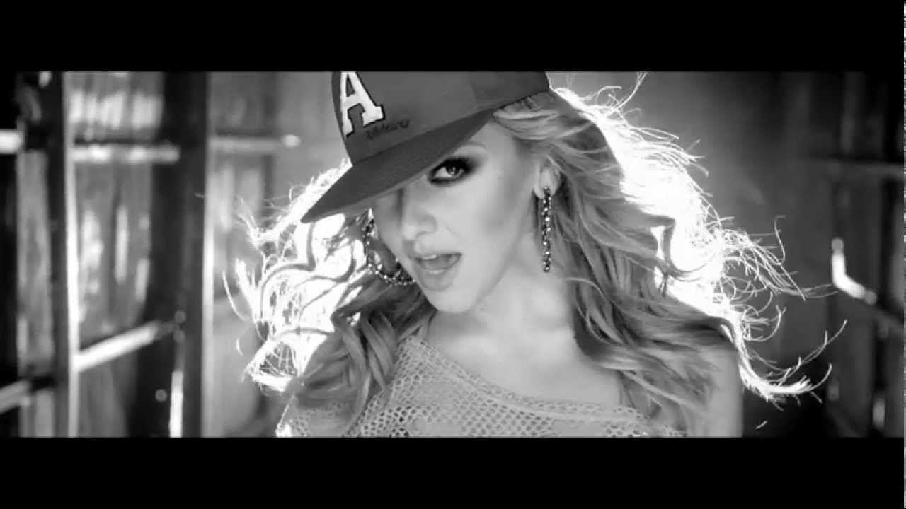 Hadise Biz Burdayiz Official Music Video Youtube Videos Music Music Videos Music