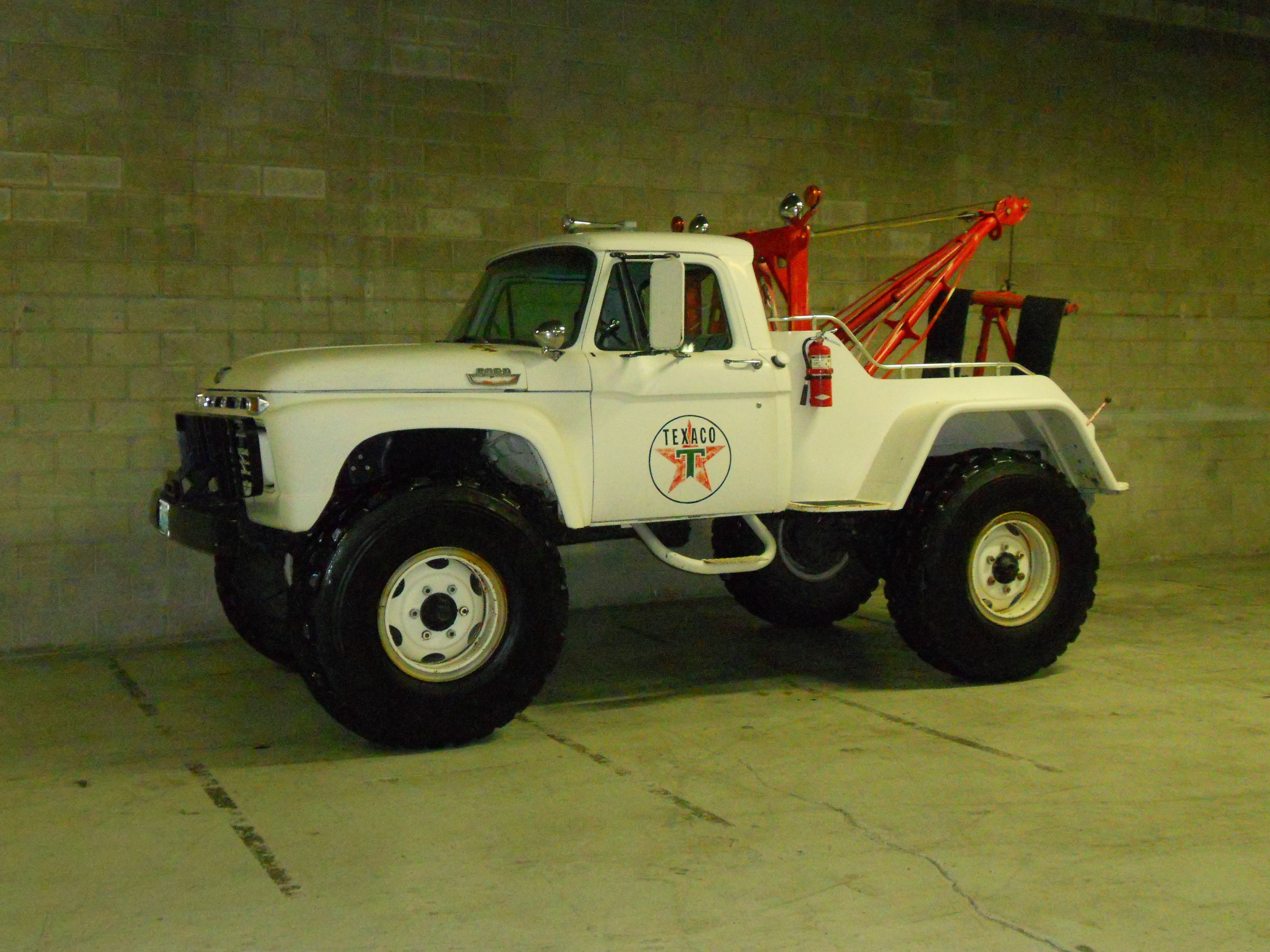 All Original Barn Find Un Restored 1966 Ford F600 4x4 Wrecker