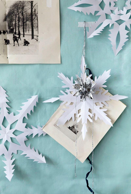 Julpyssel 10: Klipp snöflingor av papper