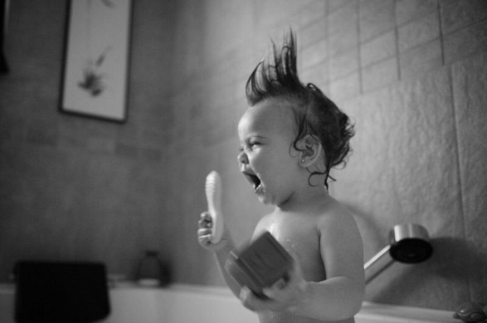 Фото детей в душе купаются