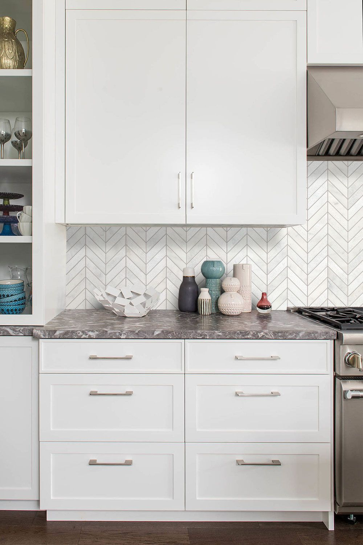 White Modern Marble Chevron Backsplash Tile Backsplash Com In 2020 Kitchen Backsplash Designs Unique Kitchen Backsplash White Tile Kitchen Backsplash