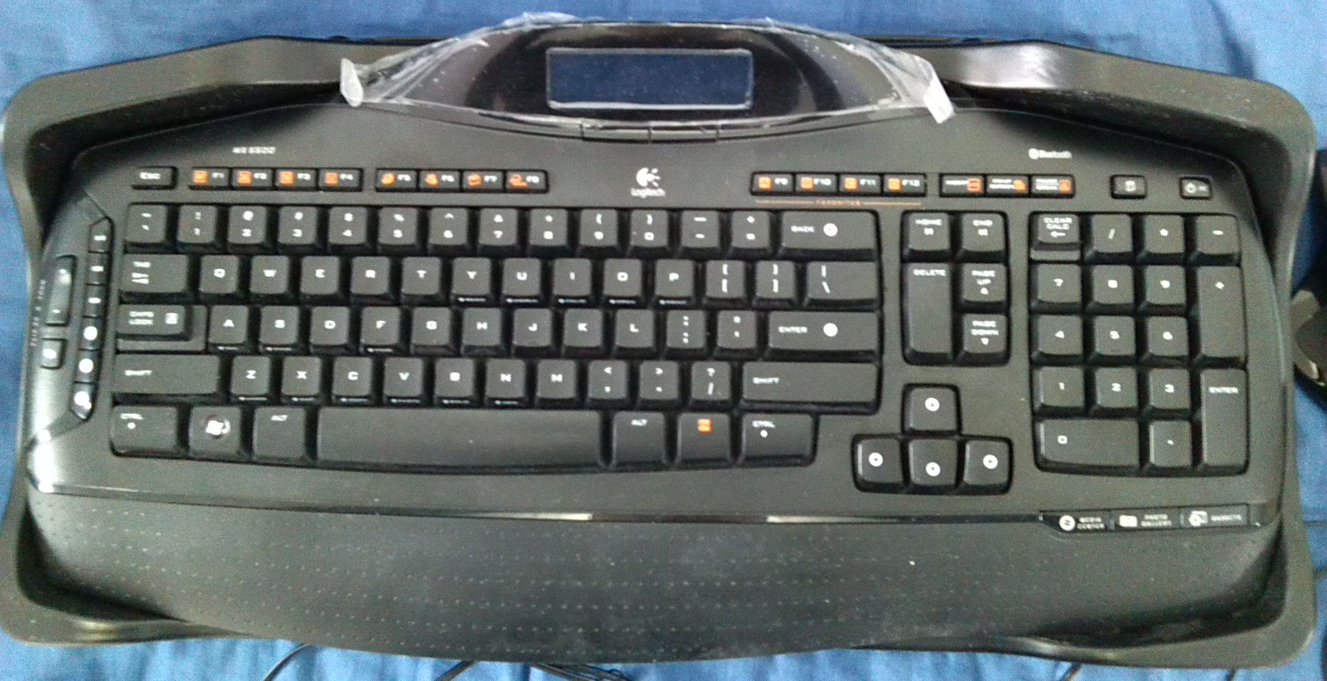 Logitech Cordless Desktop MX 5500 Revolution - Keyboard