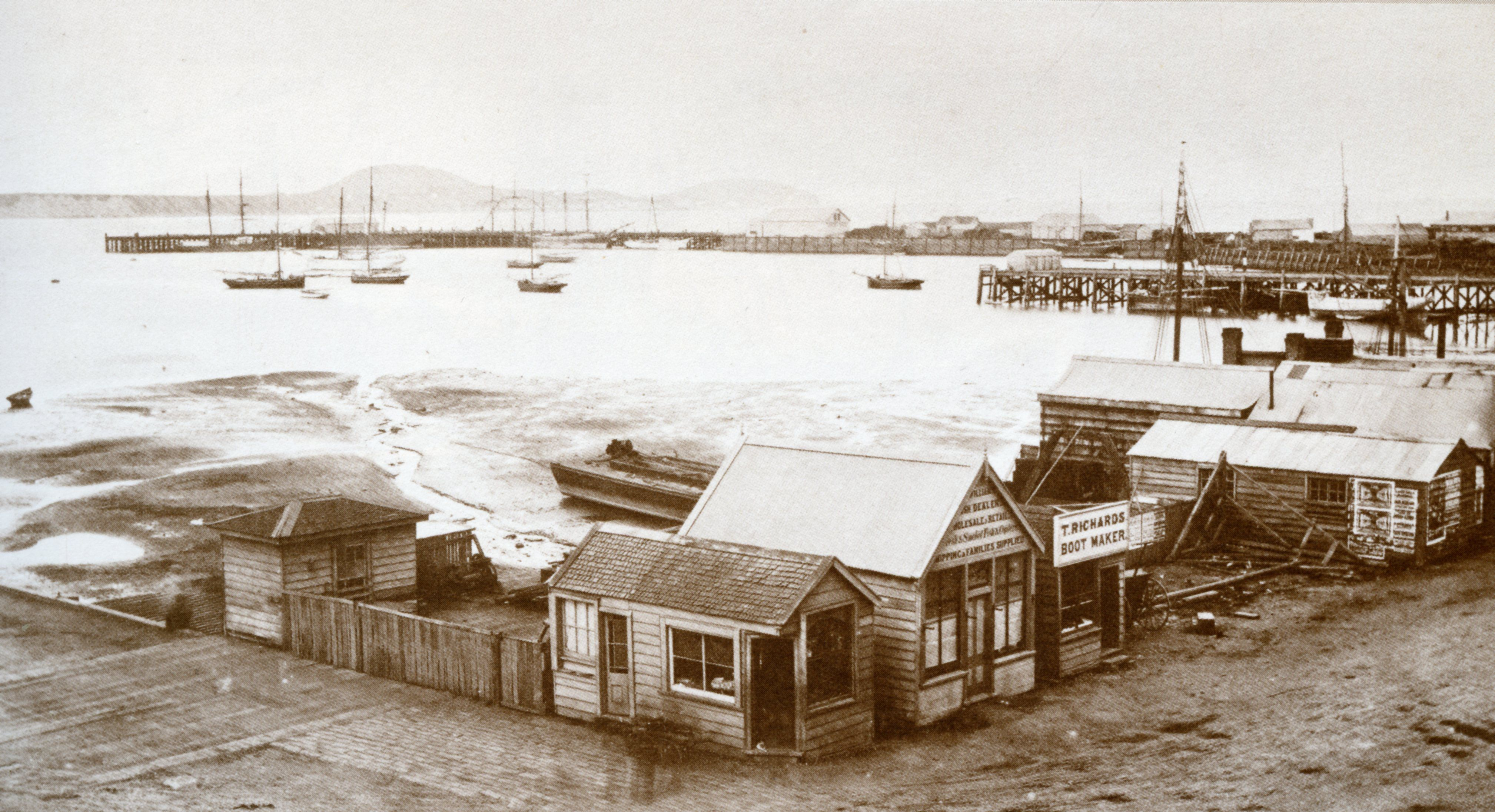 Photography Historical No Water At Low Tide Hard To Believe How Much Has Been Reclaimed New Zealand Auckland Early 188 Auckland Historical Old Photos