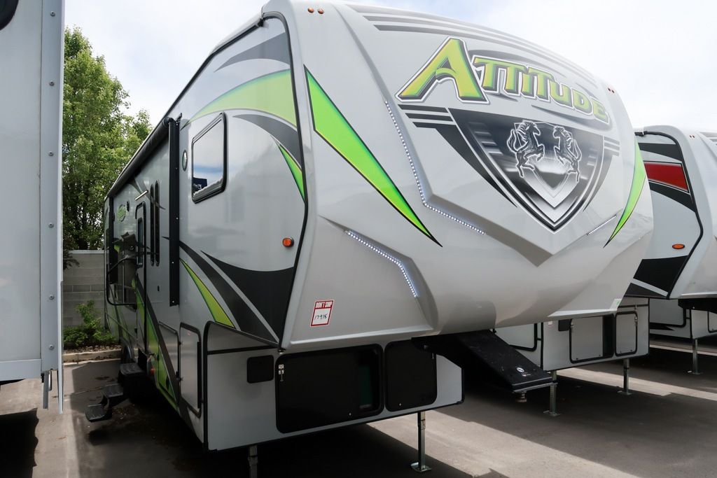 RV Search in 2020 | Fifth wheel toy haulers, Toy hauler ...