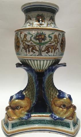 Italian Maiolica porcelain vase