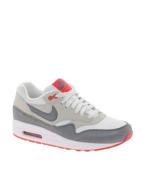 Imagen 1 de Zapatillas de deporte en color gris y rojo Air Max 1 Essential de Nike