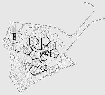 Parque kindergarten pt cascais promontorio final floor for Pentagon shaped house plans