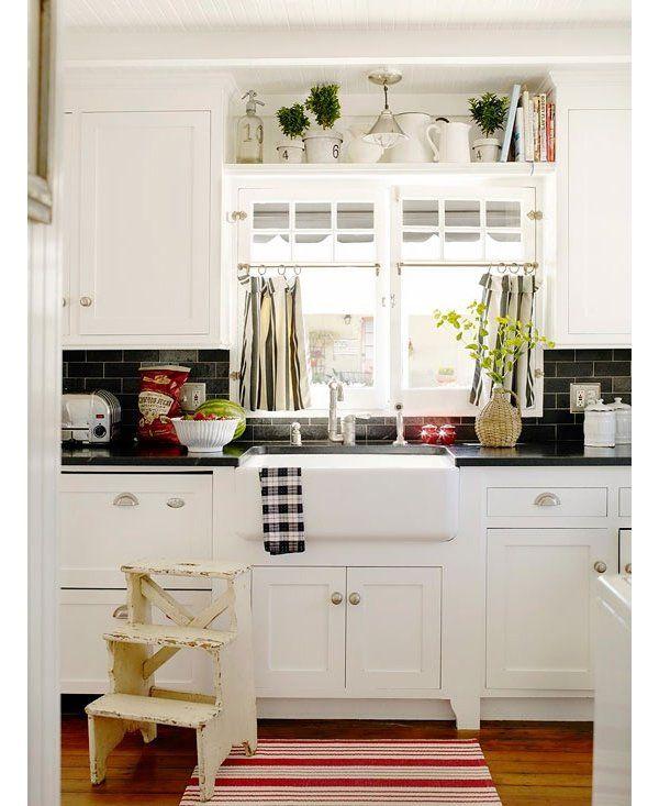 Decorating Kitchen Cabinet Tops: White Kitchen Cabinets Granite Countertop