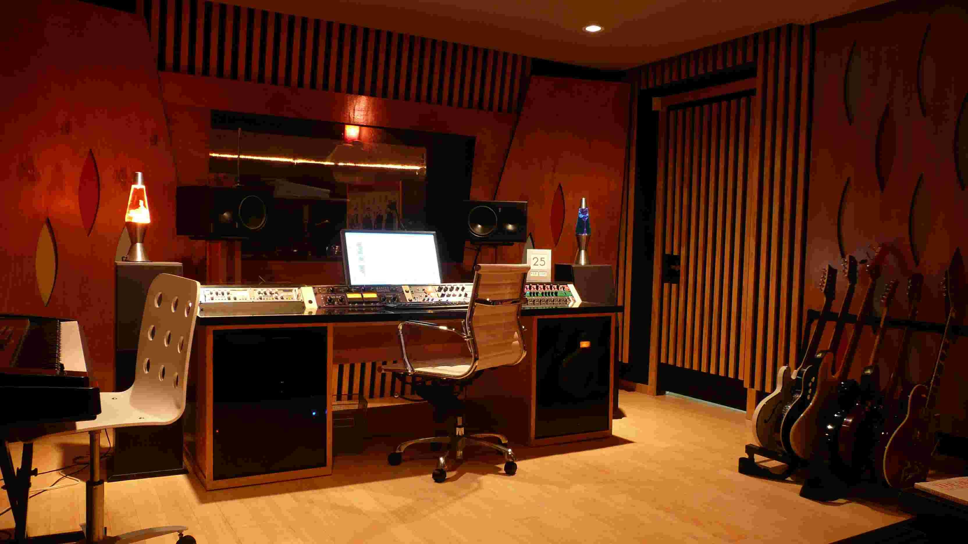 An Important Element Of The Musical Studio And Recording Roomu0027s Design Is  Lighting And Especially   Lighting Effects.