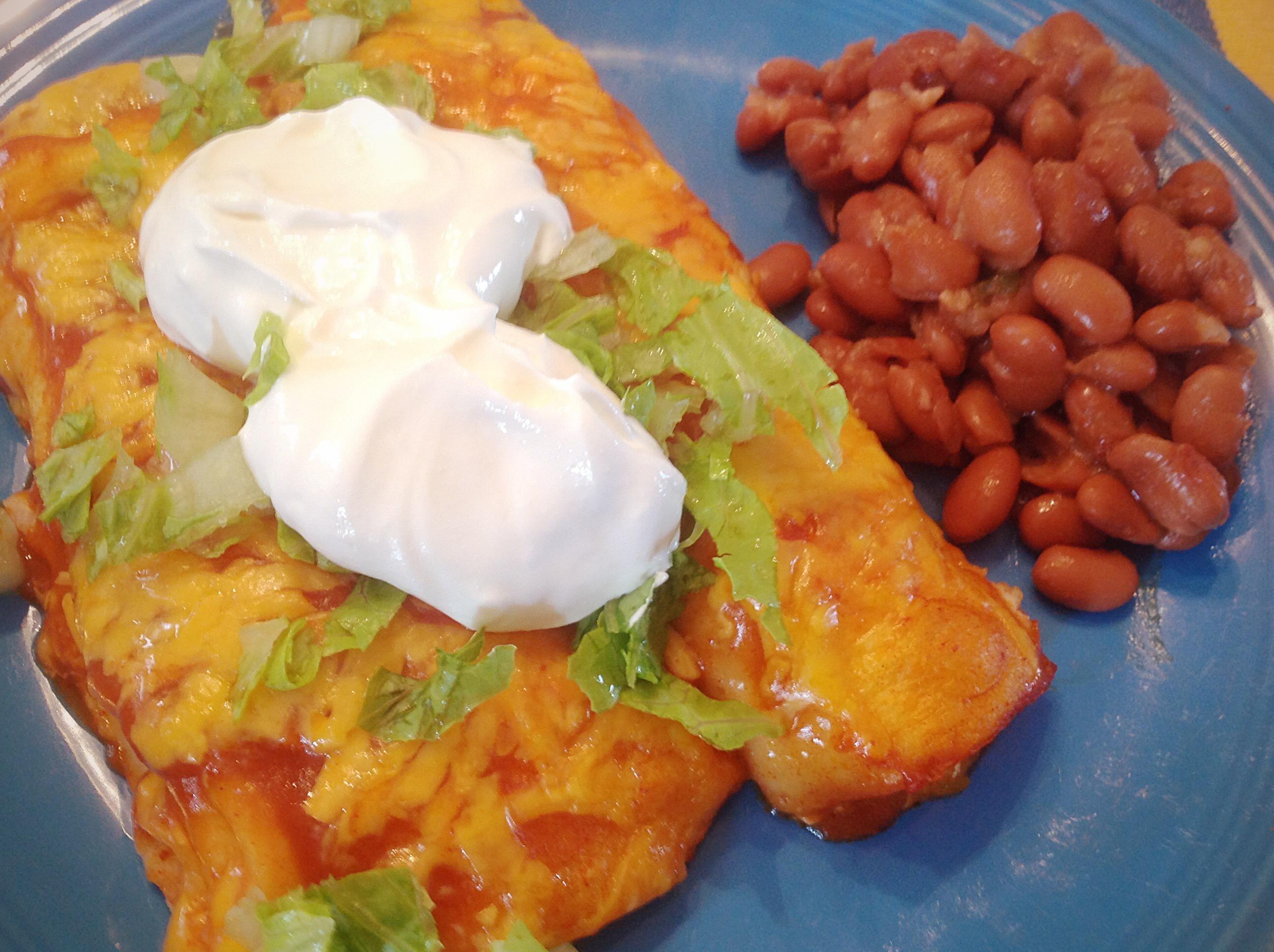 Wet burritos [homemade] http://ift.tt/2dGSshu