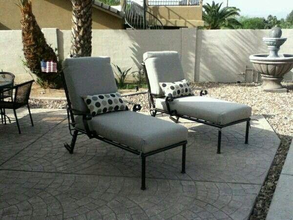 Lounge chairs (local)