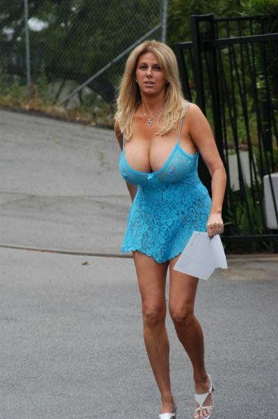 Hot milf in summer dress amiture