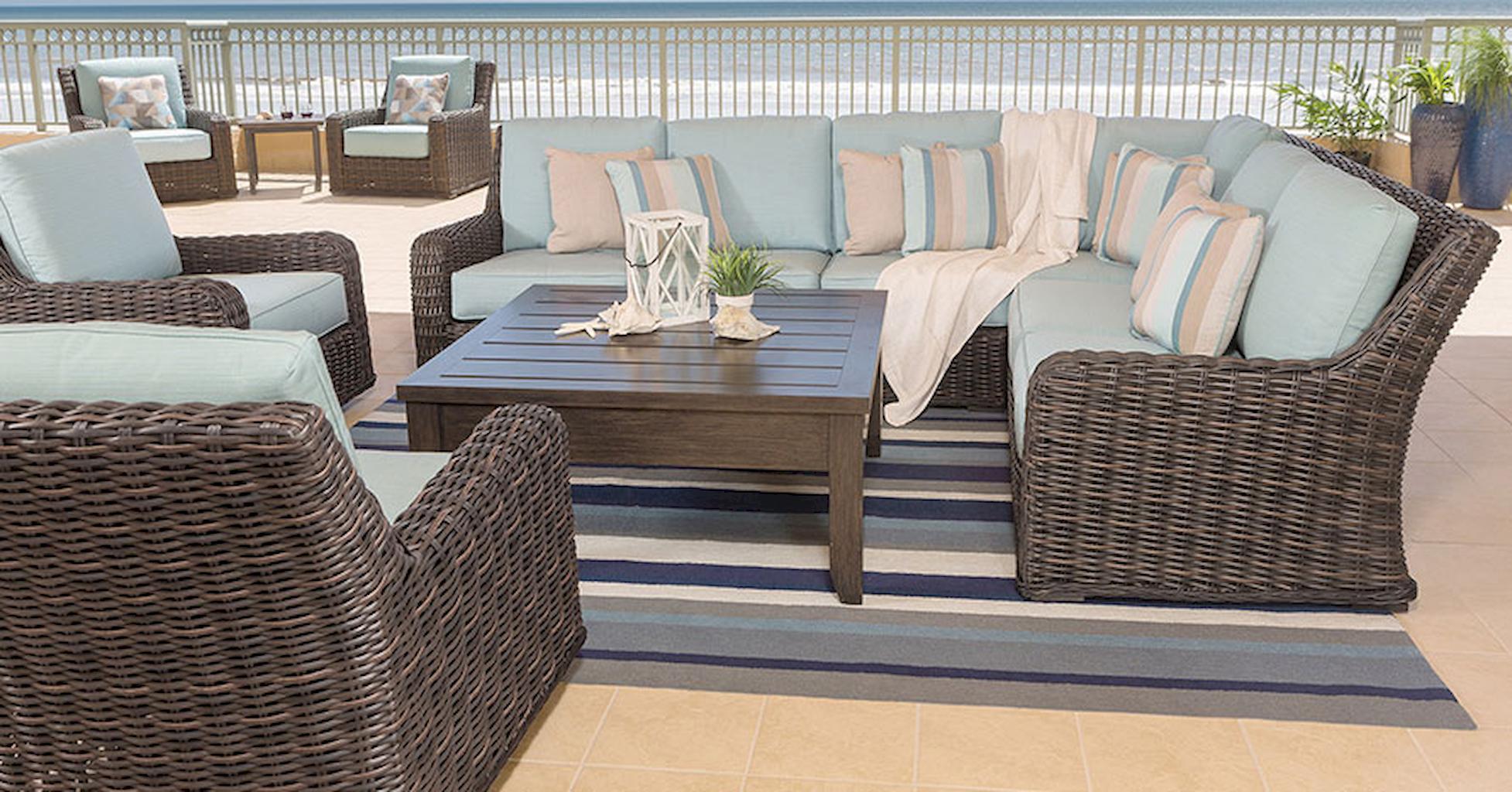 Garden and Patio Furniture Ideas to Create a Cozy Garden