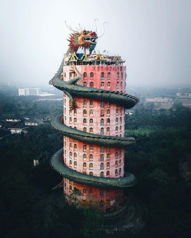 The Dragon Building, Thailand : Evilbuildings