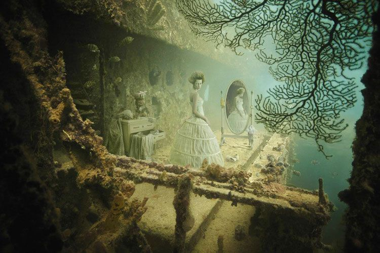 Andreas Frankes Underwater Gallery Channels Ghosts of the ...